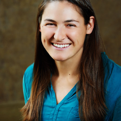 Ginna Roach Headshot